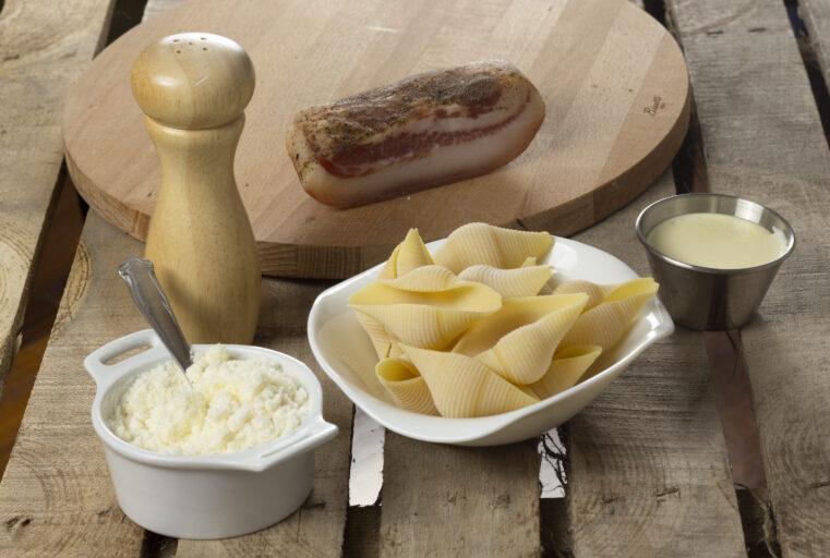 Ingredienti pasta alla pecorara