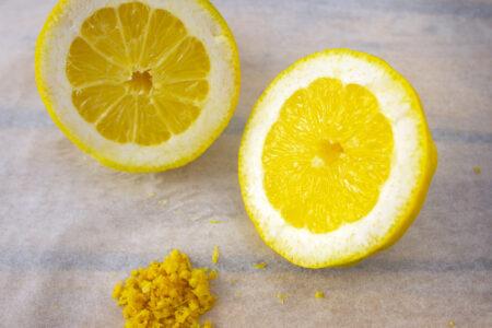 Limone su carta forno