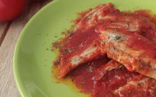 Alici al pomodoro ed olive nere