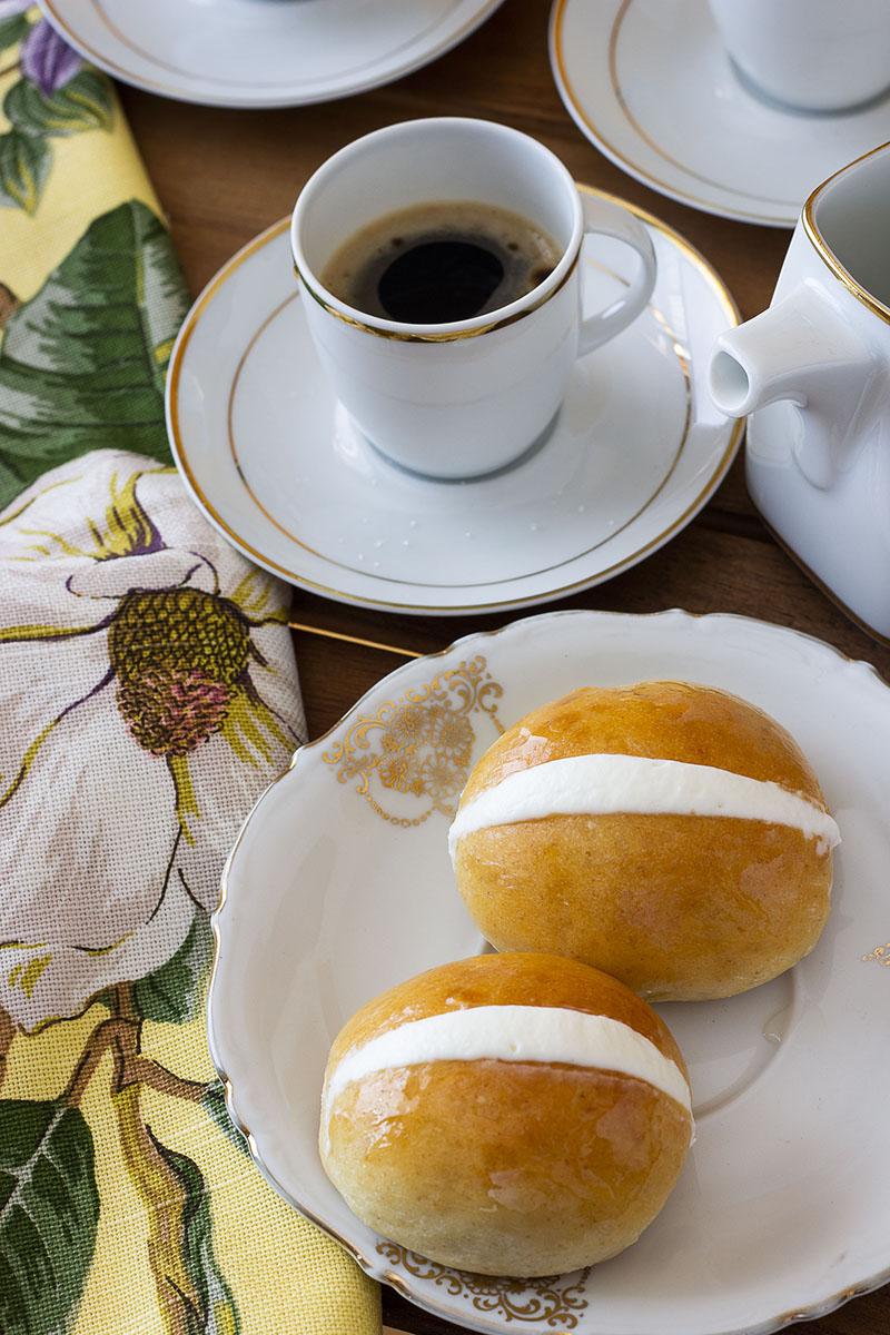 Maritozzo con la panna, il dolce di Roma - Ricette Romane